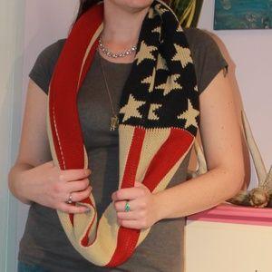 Reversible USA Flag Infinity Scarf